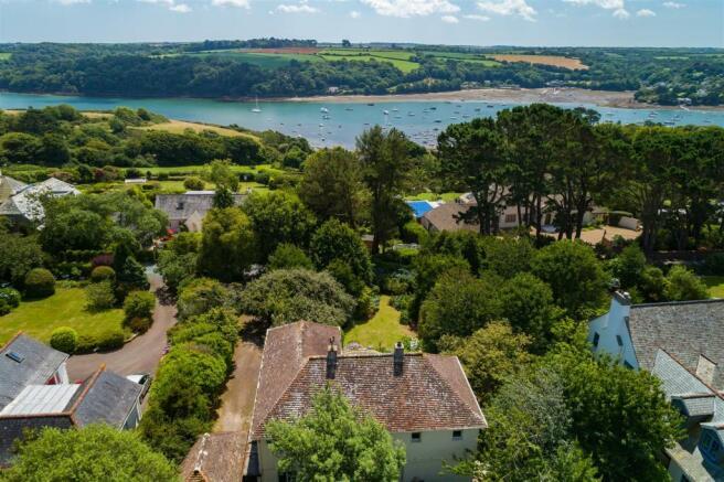House & Helford River