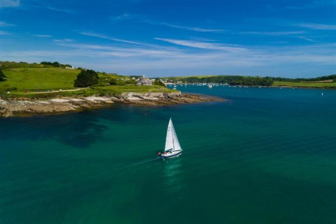 Sailing to St Mawes