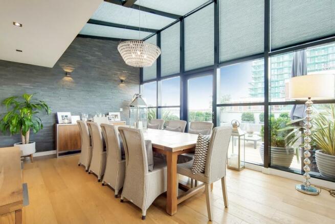 5_Dining Room-0.jpg