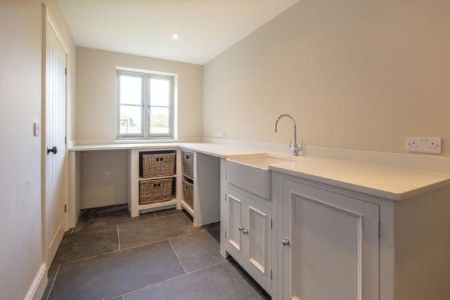5 Bedroom Detached House For Sale In Tadhill Nr Frome Ba3