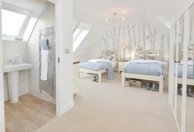 The Moorecroft bedroom