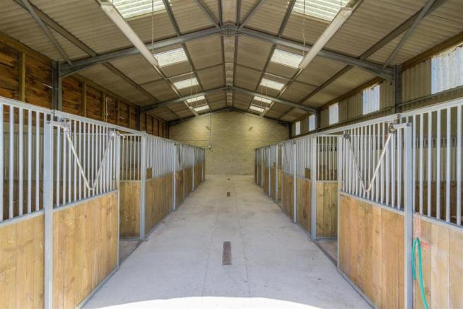 Poundon-Equestrian-HIGHres-001.jpg