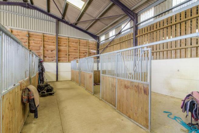 Poundon-Equestrian-HIGHres-002.jpg