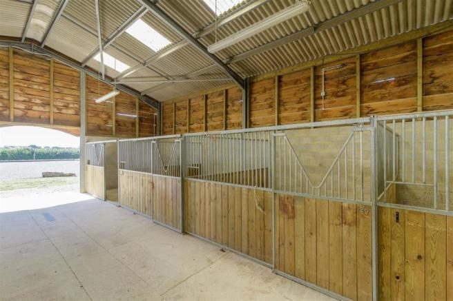 Poundon-Equestrian-HIGHres-009.jpg