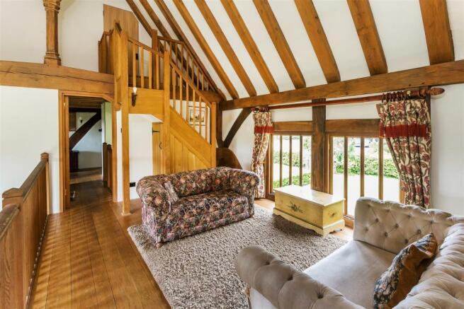 house. estate agency Alfold landing / library