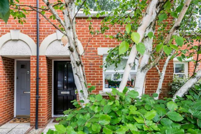 house. estate agency East Molesey front door
