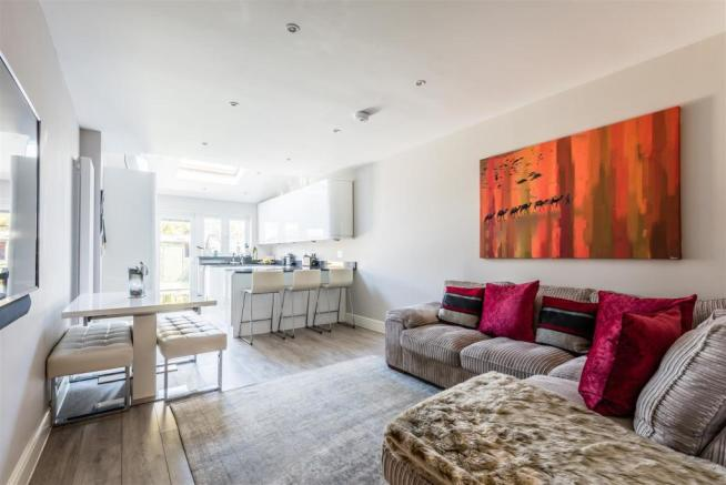 house. estate agency East Molesey open plan living