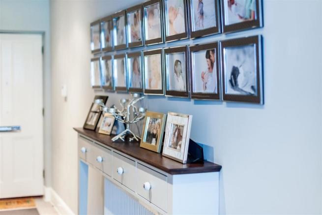 house. estate agency East Molesey photo gallery