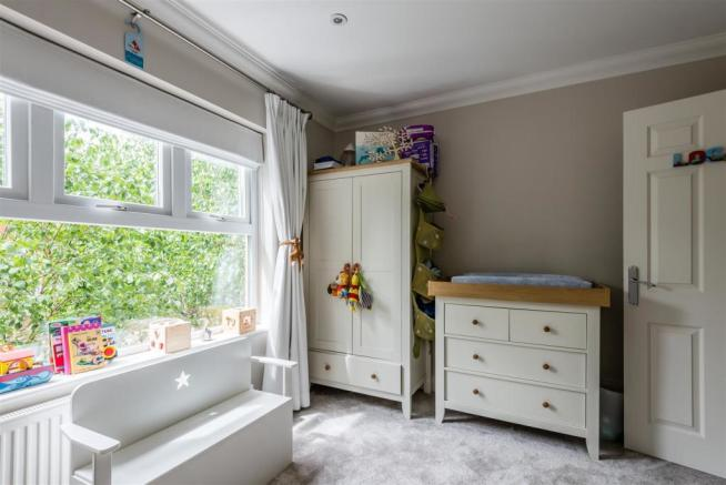 house. estate agency East Molesey bedroom