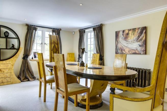 house. estate agency Dunsfold dining room