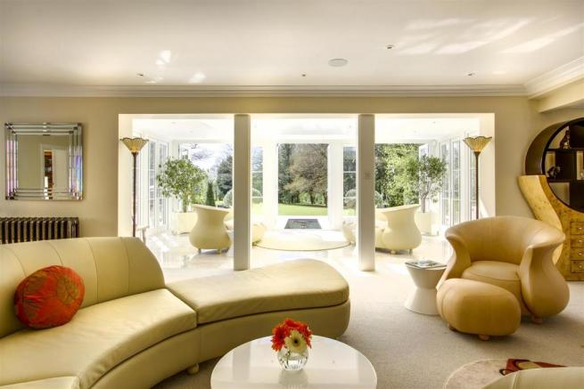 house. estate agency Dunsfold drawing room