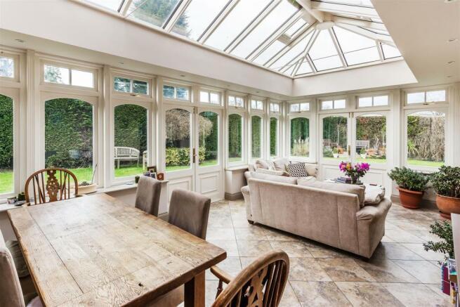 house. estate agency Ellens Green dining / recepti