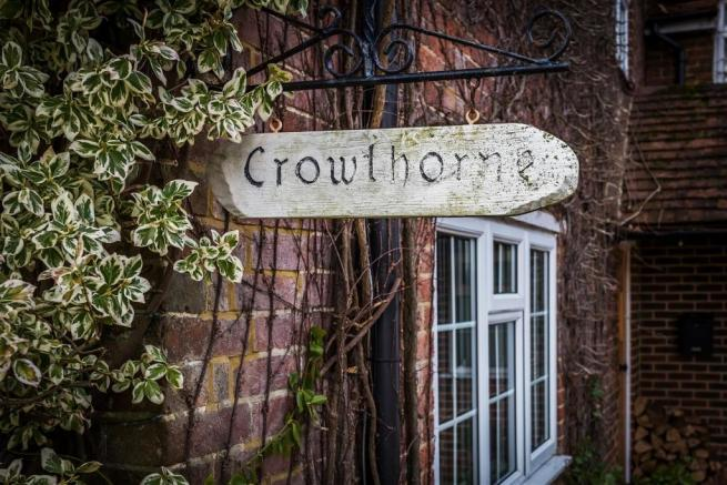 house. estate agency Ellens Green sign
