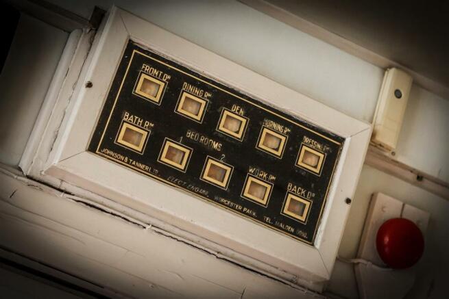 house. estate agency Leatherhead servants bells