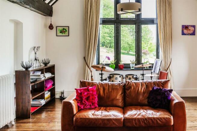 house. estate agency Enton Great Enton