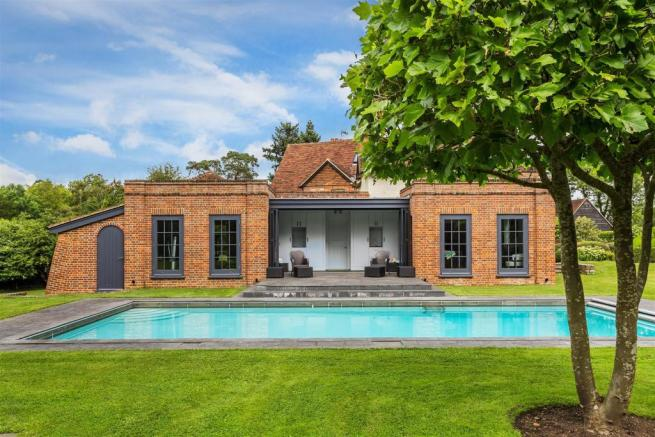 house. estate agency Bramley cottage and pool