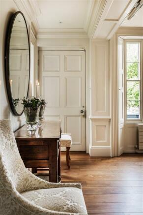 house. estate agency Bramley mirror