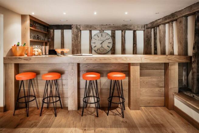 house. estate agency Bramley bar