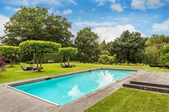 house. estate agency Bramley pool