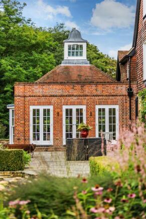 house. estate agency Bramley kitchen / breakfast r