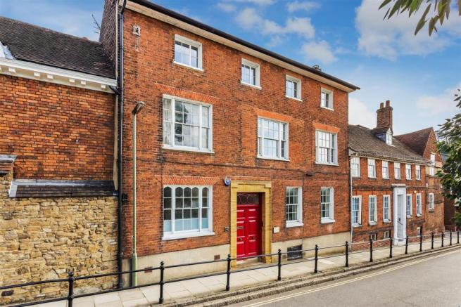 house. estate agency Guildford 44 Quarry Street