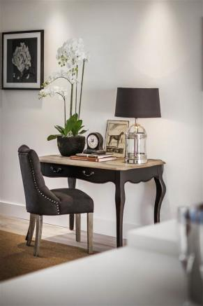 house. estate agency Thames Ditton writing desk