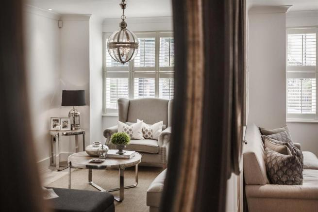 house. estate agency Thames Ditton living room