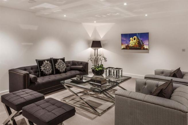 house. estate agency Thames Ditton family room
