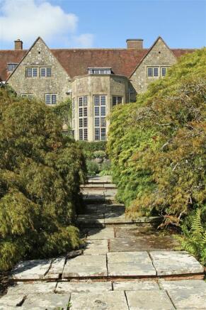 house. estate agency Thakeham garden path