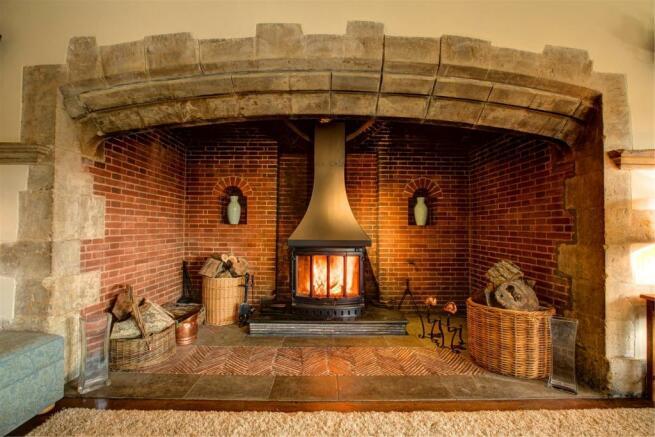 house. estate agency Thakeham fireplace