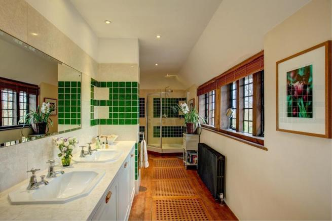 house. estate agency Thakeham bathroom