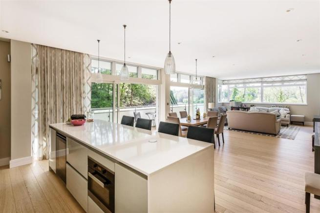 house. estate agency Guildford kitchen / dining /
