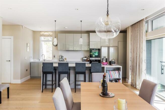 house. estate agency Guildford kitchen