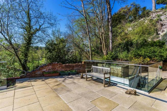 house. estate agency Guildford terrace