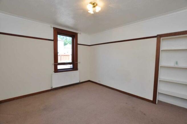6Master Bedroom (2).JPG