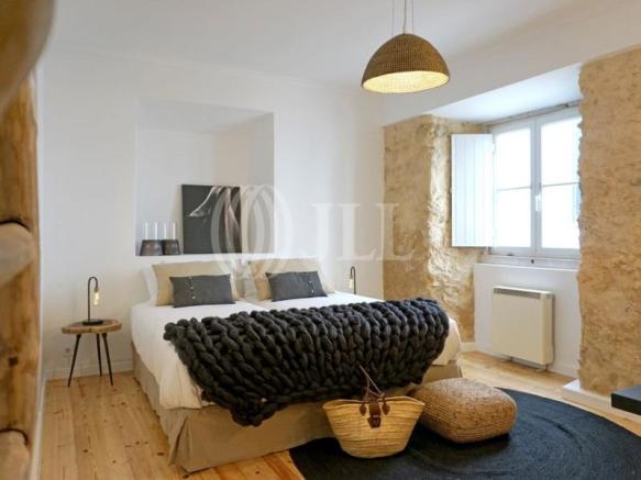 3 Bedroom Apartment For Sale In Lisbon Portugal