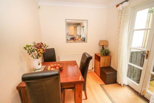 3 Bedroom Terraced House For Sale In Braddons Hill Road
