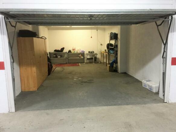 Optional 2 car garag
