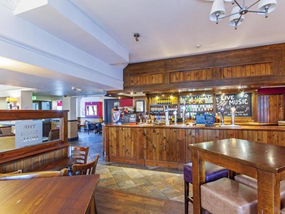 Pub for sale in The Nags Head, Hooton Road, Willaston