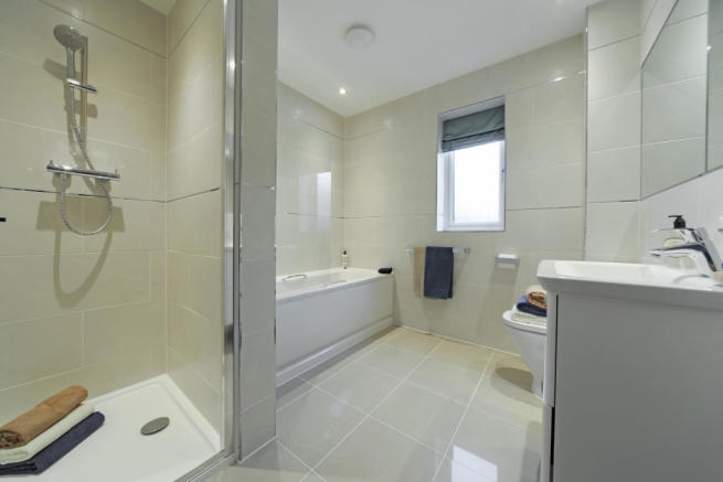 Earlswood_bathroom_1