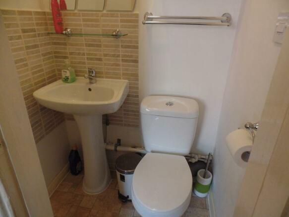 WC off Bedroom 2