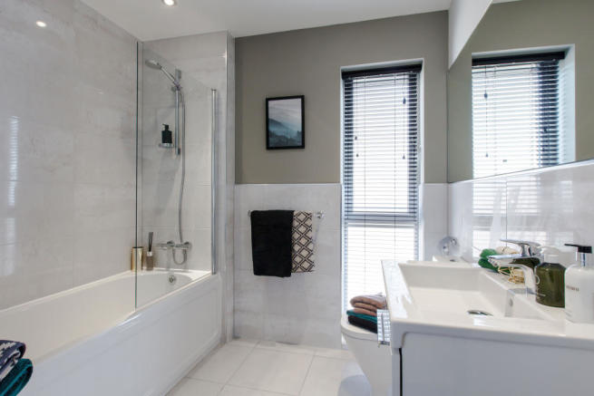 Astley_bathroom