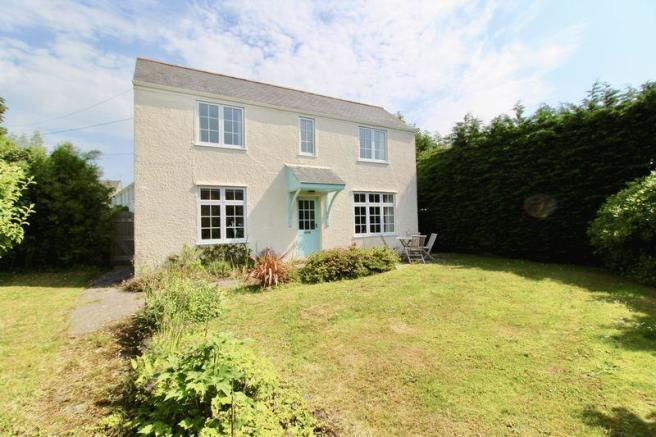 Amazing 2 Bedroom Cottage For Sale In Bells Hill Falmouth Tr11 Download Free Architecture Designs Salvmadebymaigaardcom