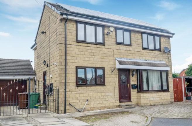4 bedroom detached house for sale in Hawley Way, Morley ...