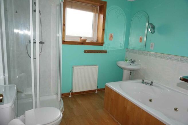 Grimisdale - bathroom.JPG