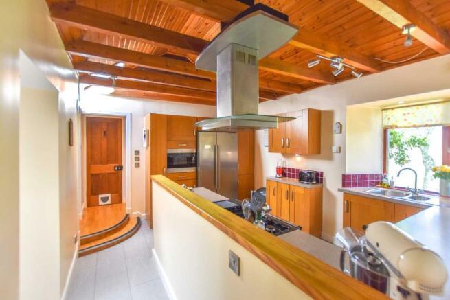 Somedale - Kitchen 2.JPG
