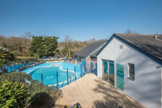 Outdoor pool &...