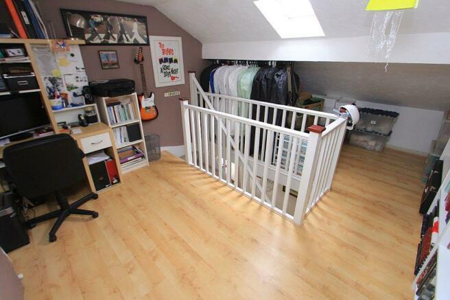 Office/ Bedroom 5