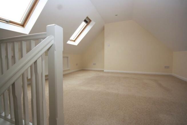18' 2nd Fl. Bedroom