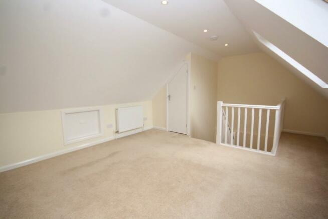 2nd Floor Bedroom(3)